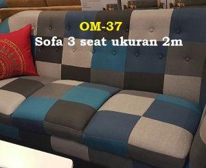 Sofa 3 seat ukuran 2m.  motif mix n match